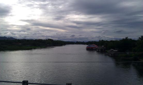 Kanchanaburi Канчанабури_Река