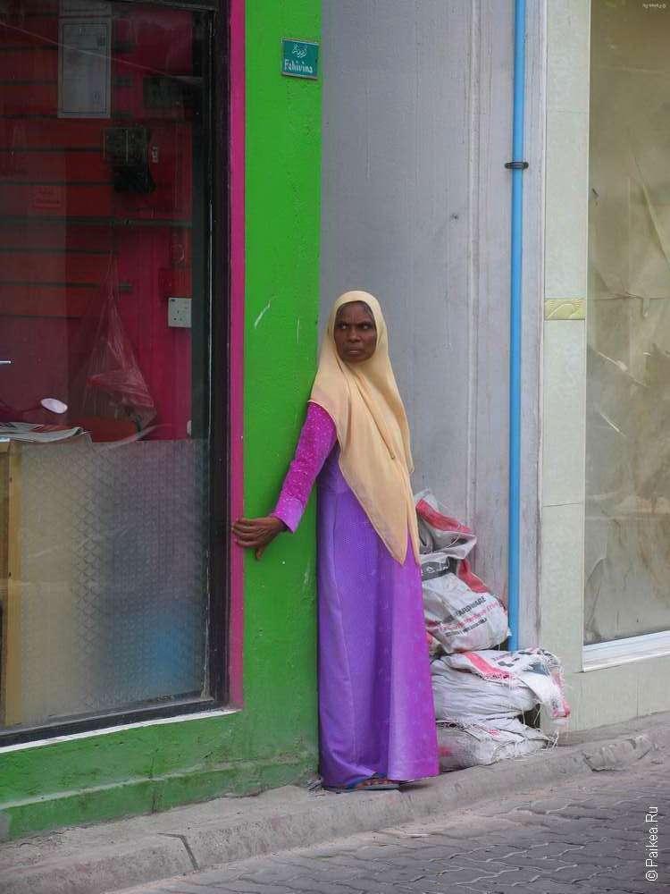 Женщина-мусульманка в Мале