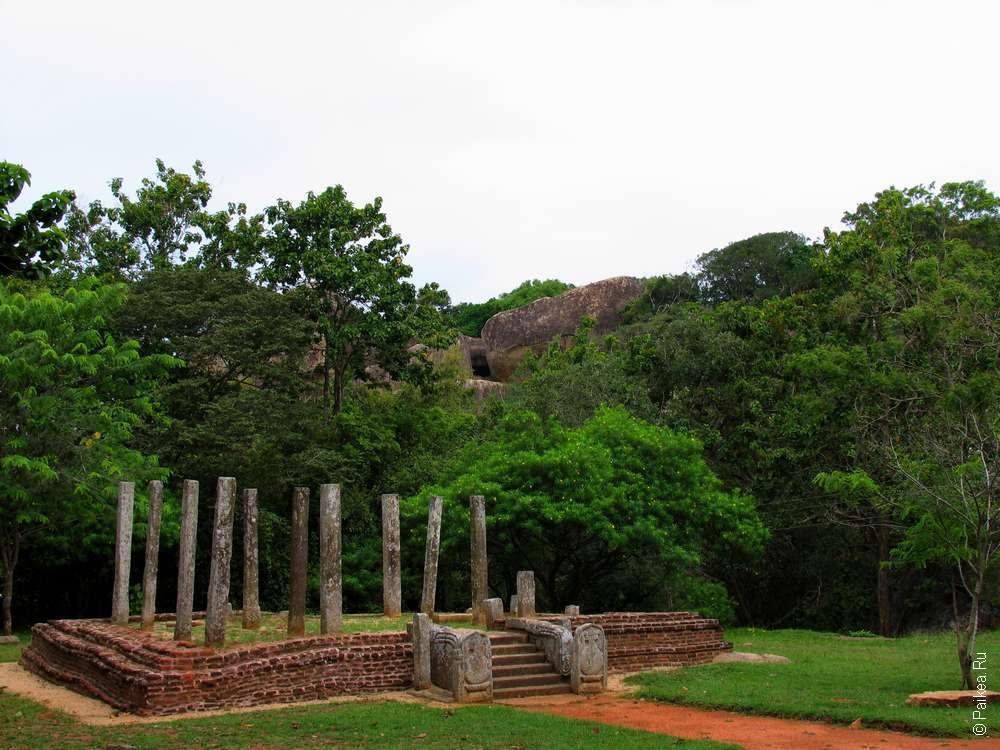Михинтале руины дворца
