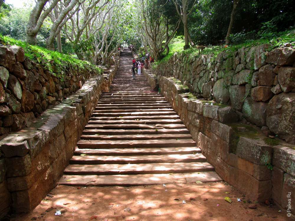 Лестница в Михинтале