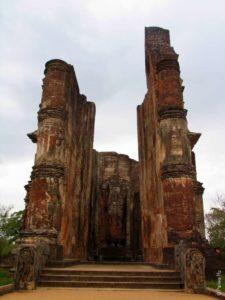 Полоннарува Шри-Ланка - дом образа Будды