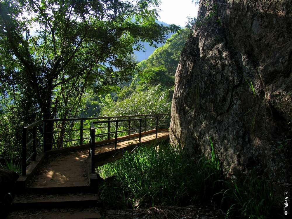Тропа к водопаду Дунхинда