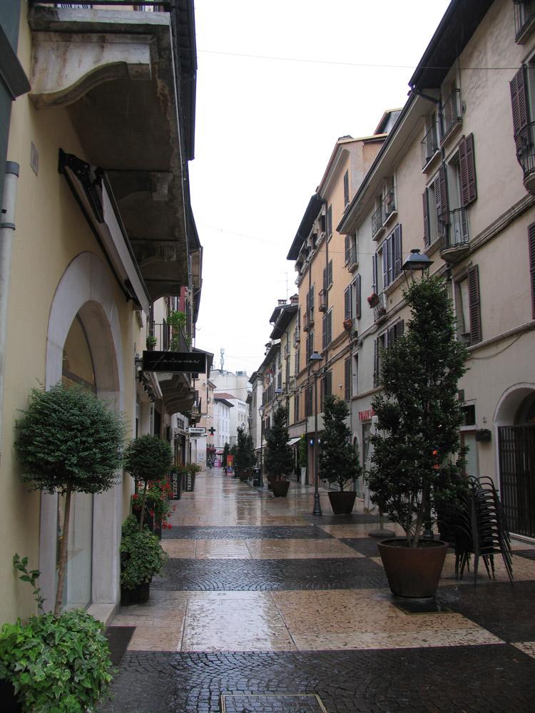 Брешия, Италия