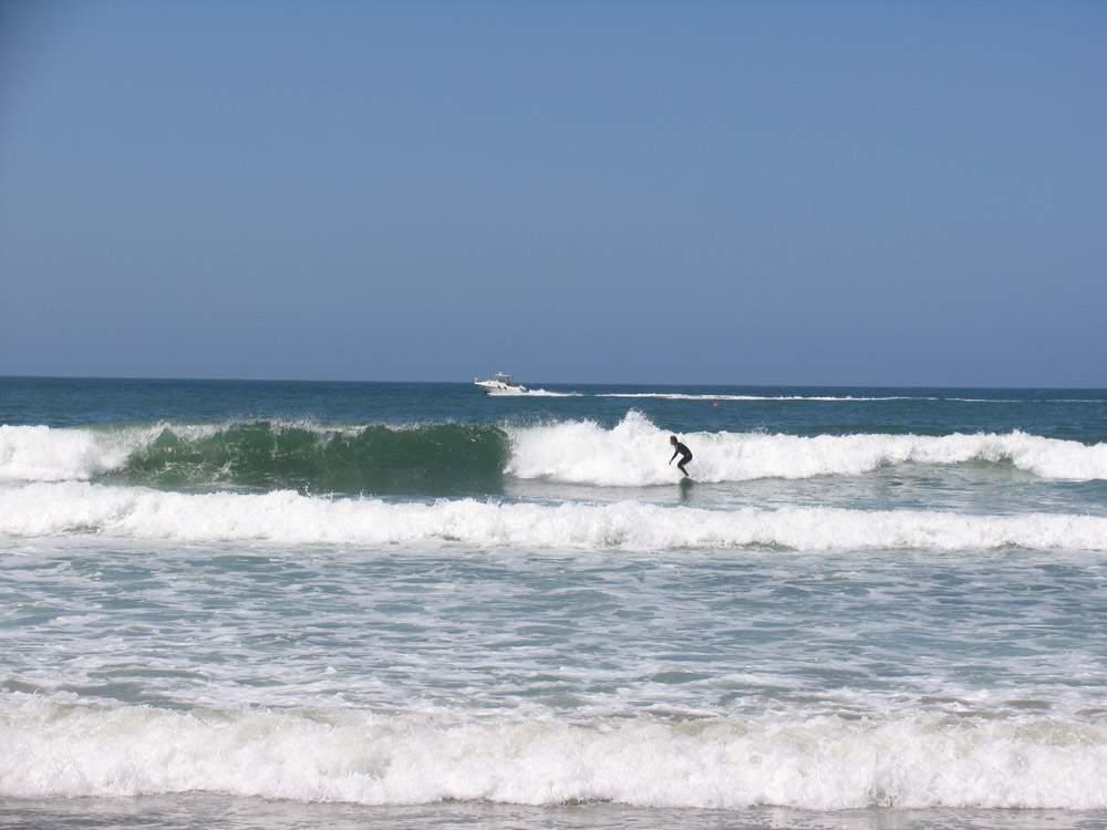 серфинг в тихом океане
