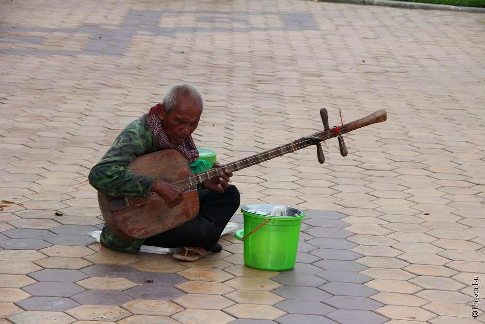 Чем интересен Пномпень