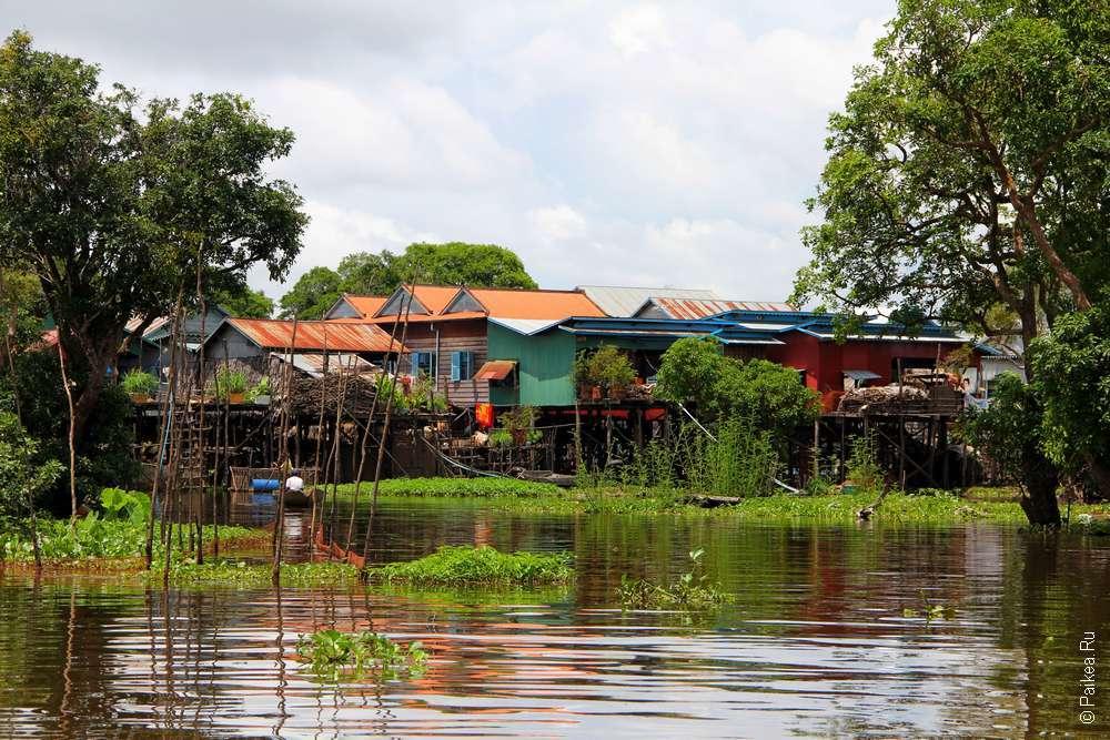 Плавучая деревня на озере Тонлесап в Камбодже