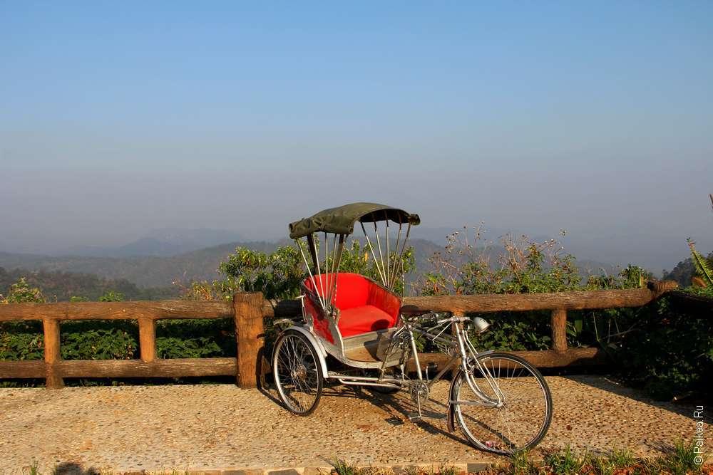 Перевал горной дороги в Таиланде