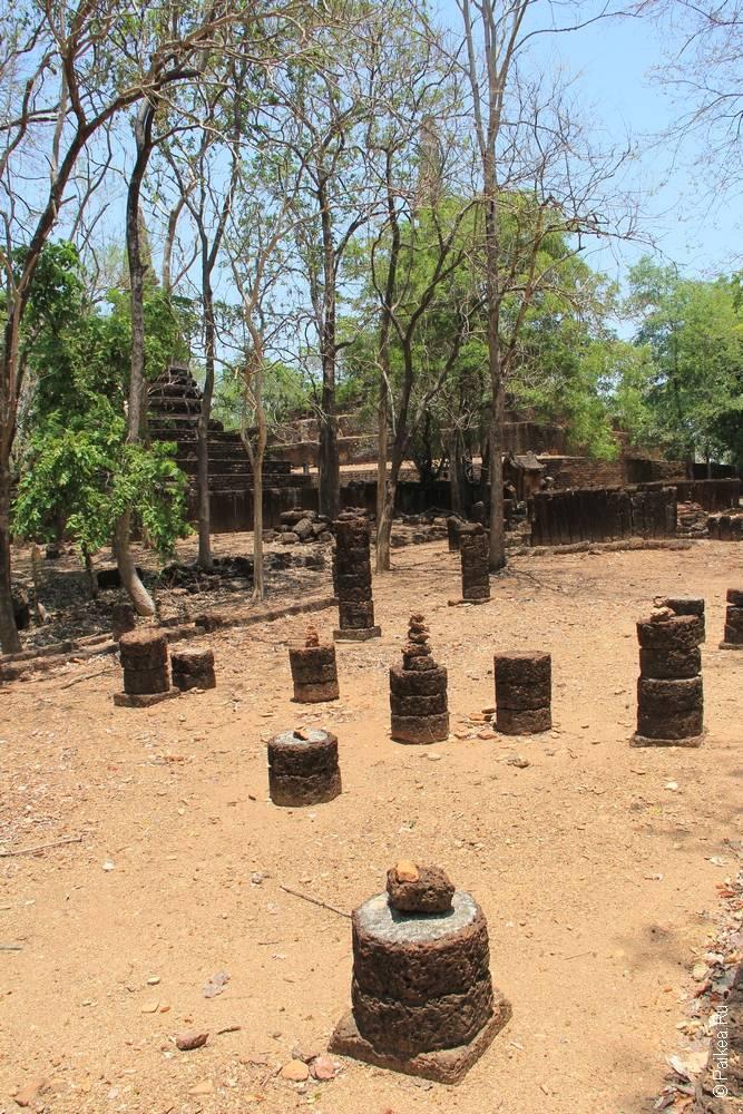 Таиланд - Си Сатчаналай - Ват Као Суан Кири (Thailand - Si Satchanalai - Wat Khao Suwankhiri)