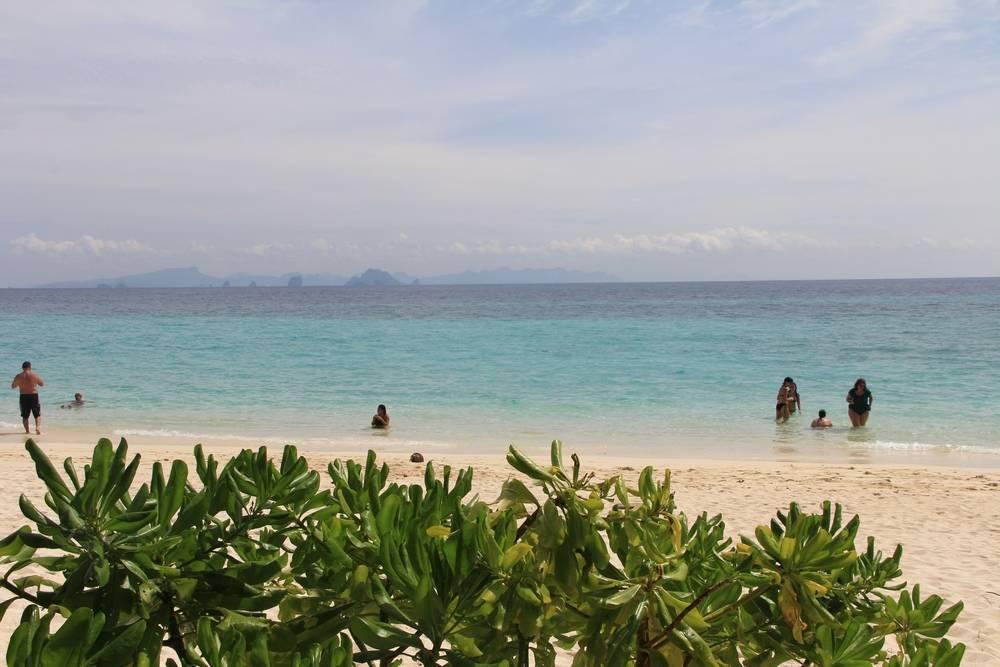 Пляж на острове Бамбу