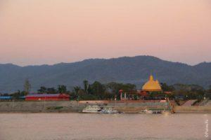 Золотой треугольник Лаос