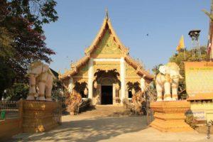 Чианг Саен - храм Ват Пра Чао Лан Тонг