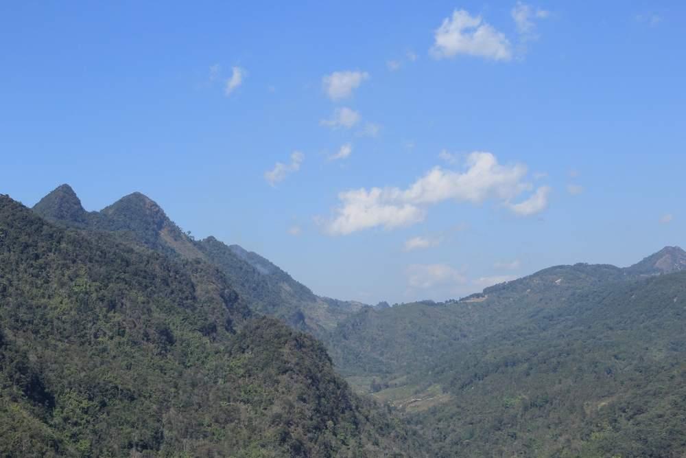 едем в гору Doi Ang Khang