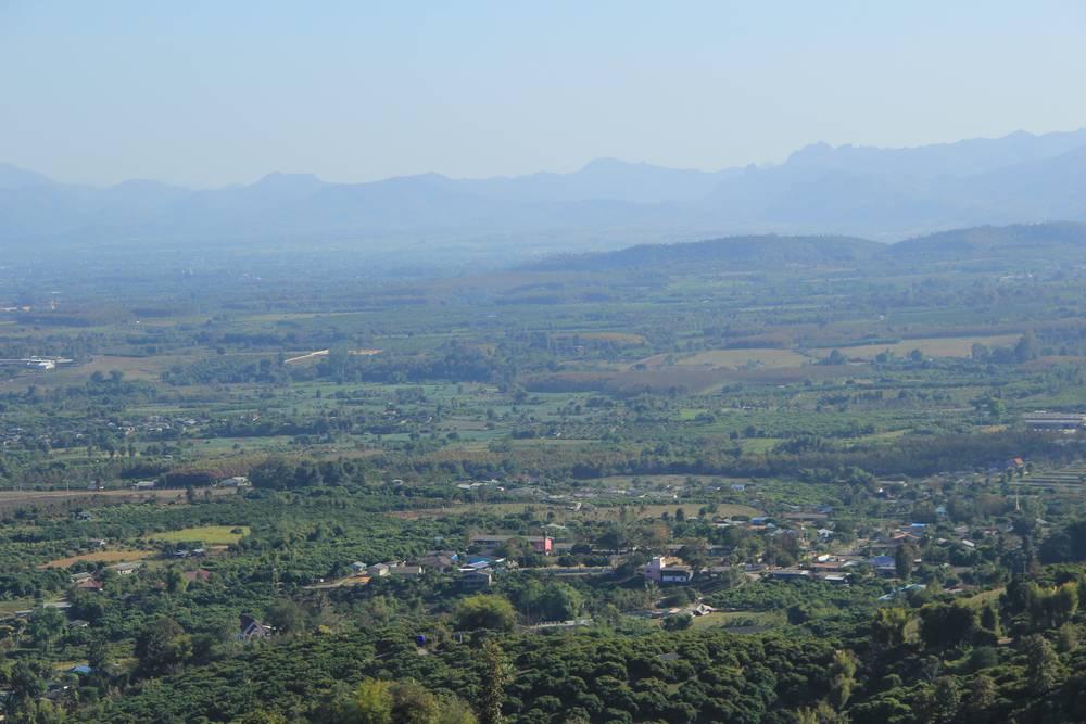 вид на долину с горы