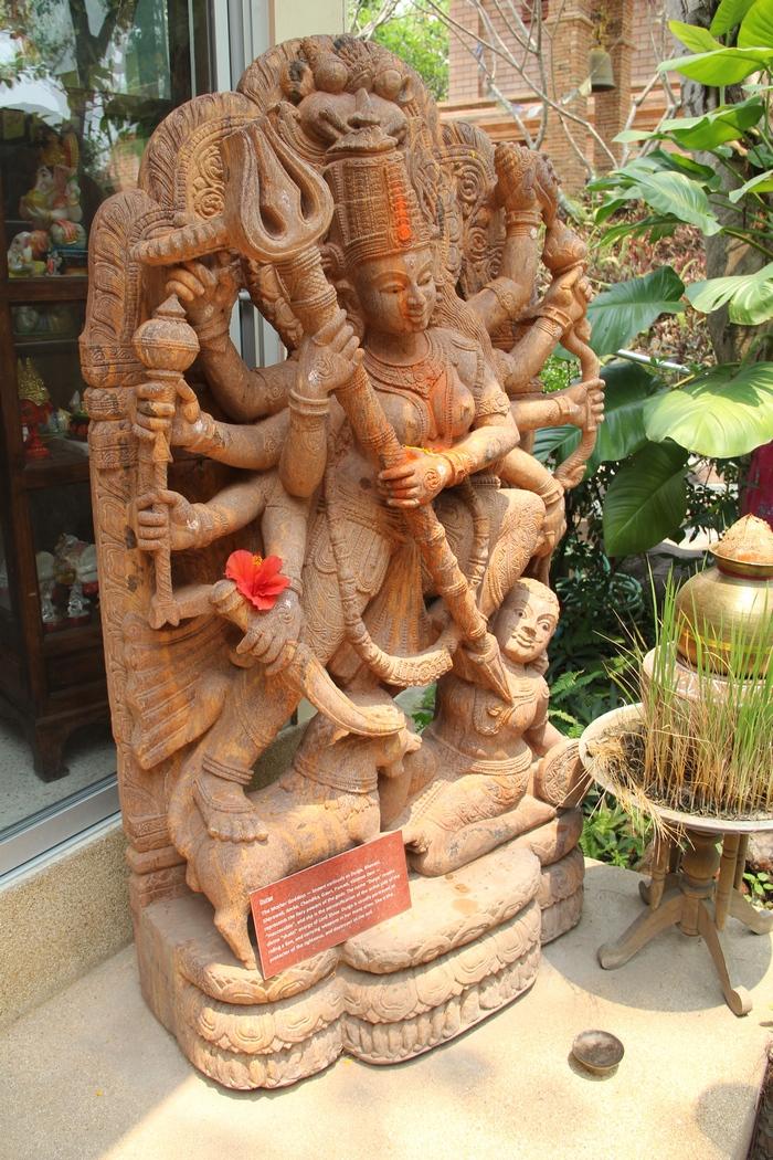 Потерянная богиня среды, Парвати-Лада-Деметра-Тальтиу-Рианнон-Тиамат. Она не потеряна. Она спит в сердце каждой женщины