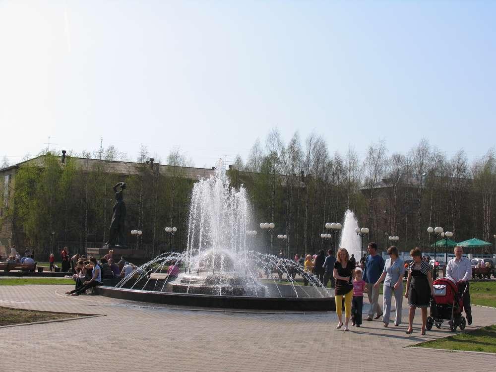 И фонтан рядом с ним