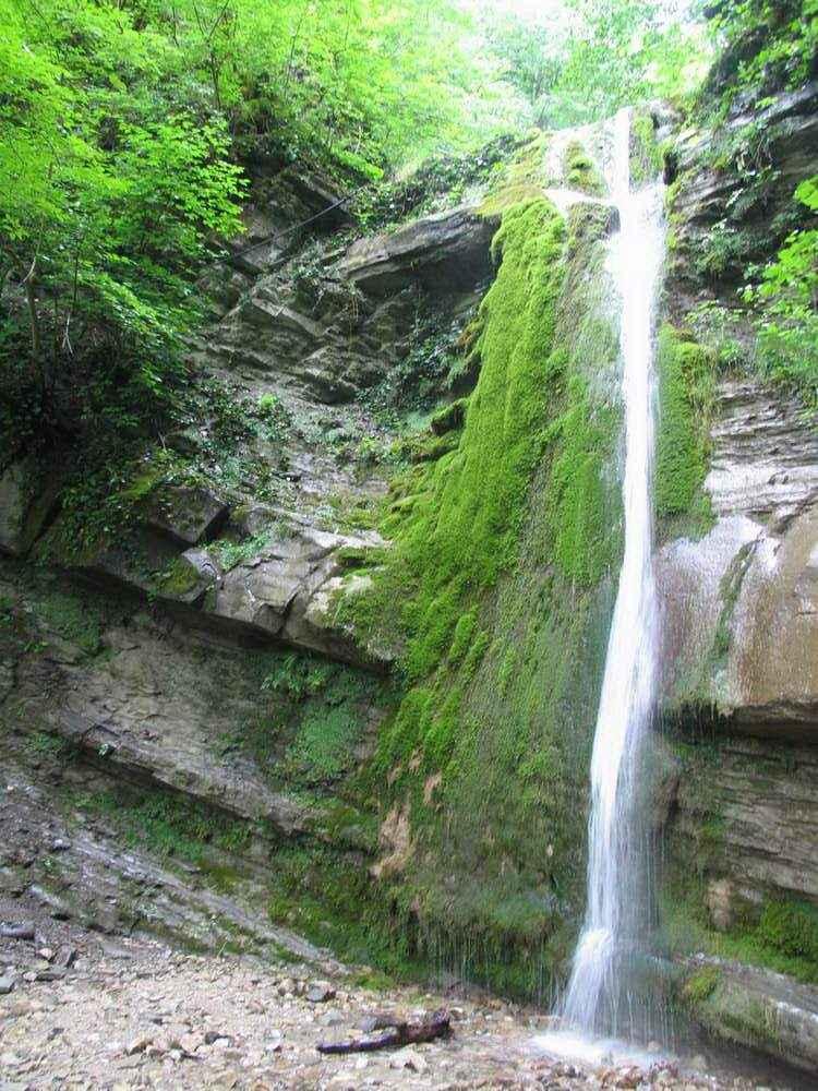 водопад Шапсуг на фото