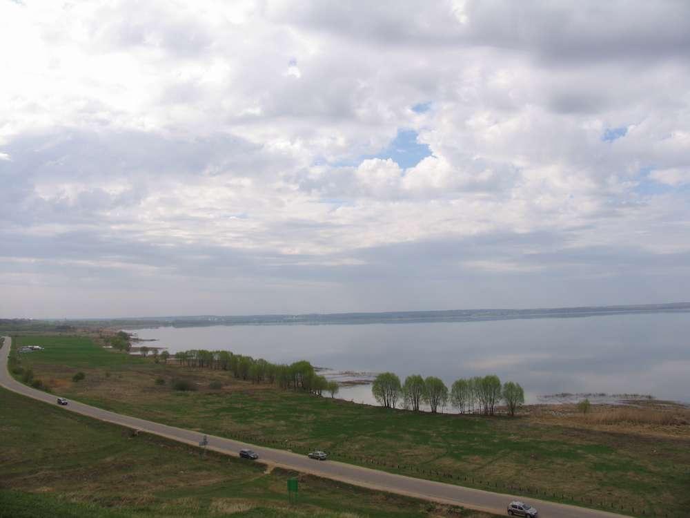 Вид на озеро с Александровой горы