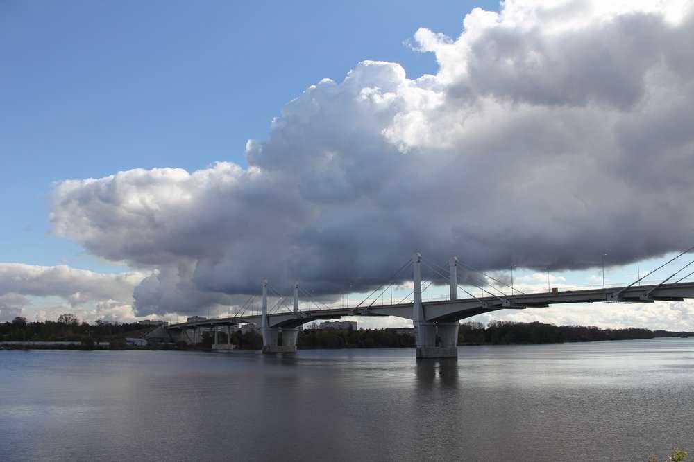 Мост преобразился
