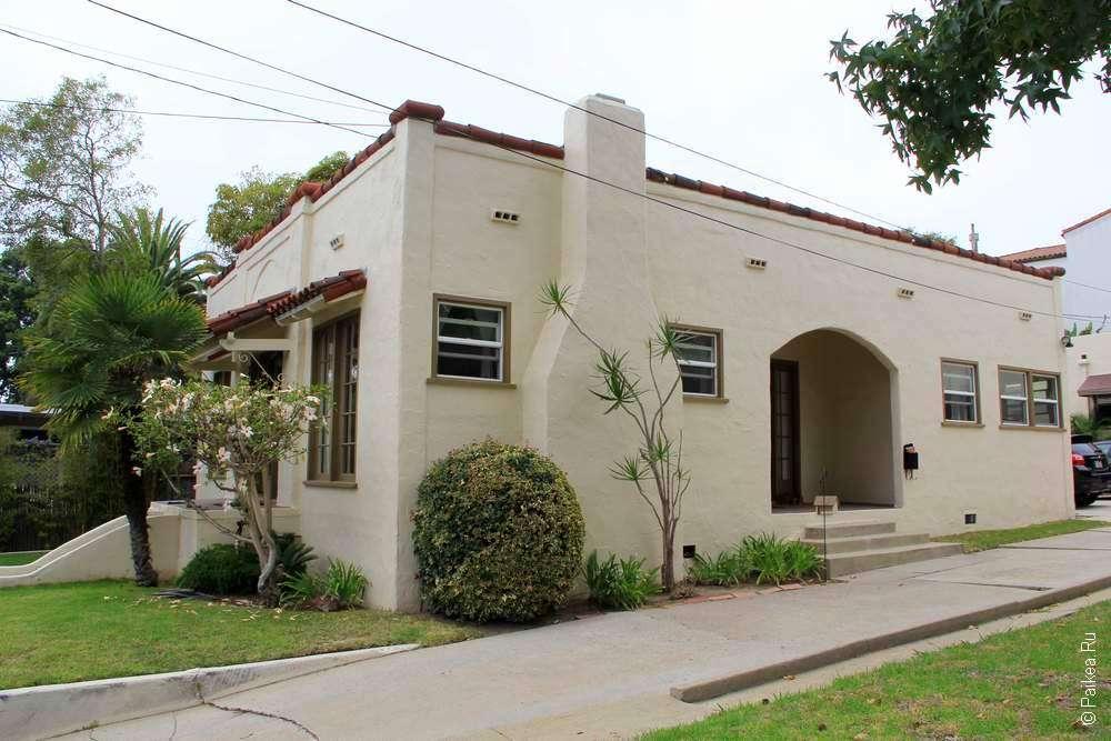Дом с камином в городе Санта-Барбара, Калифорния