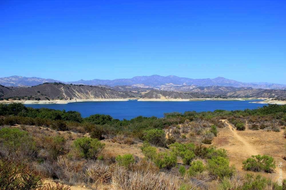 Озеро Качума в долине Санта-Инес