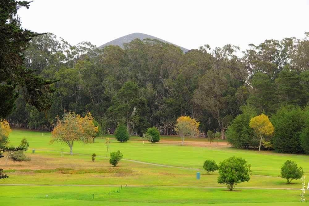 Поле для гольфа в Морро Бей