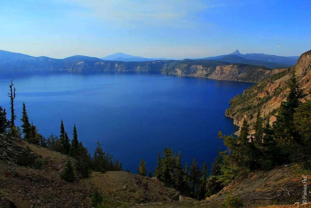 Голубое озеро Крейтер в США