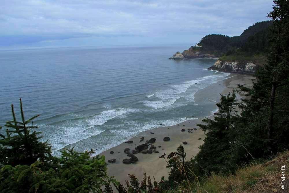 Бухта у побережья штата Орегон