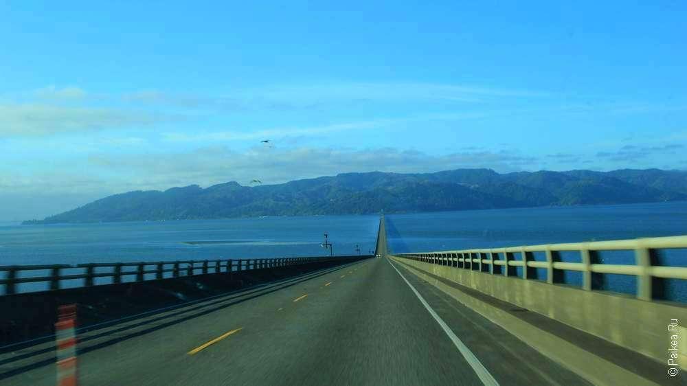 Дорога по мосту