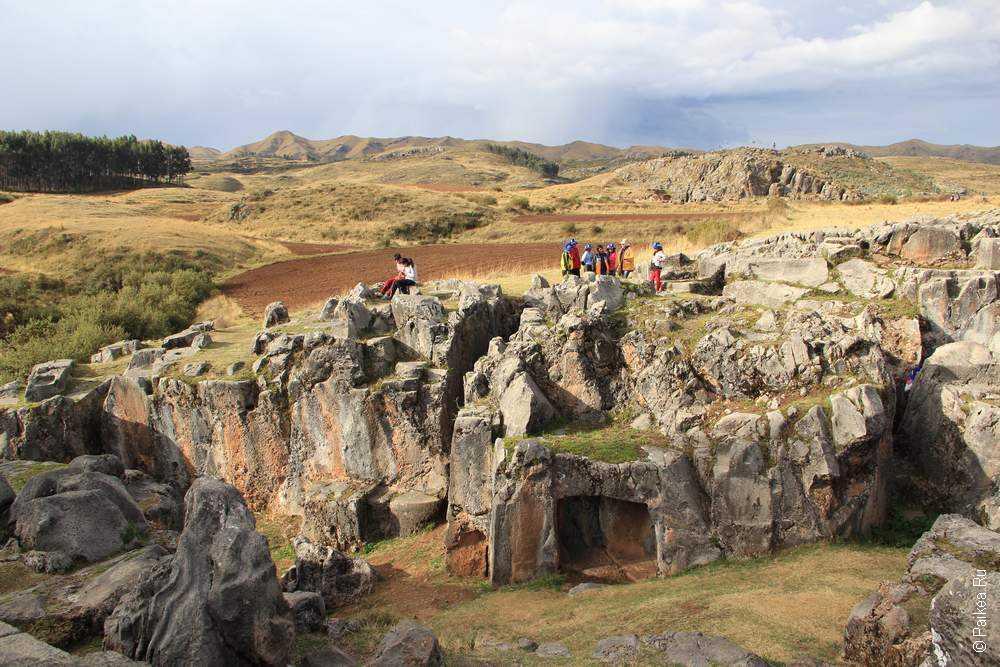 Храм обезьян, Перу (Cusilluchayoc, Templo de los monos, Peru)