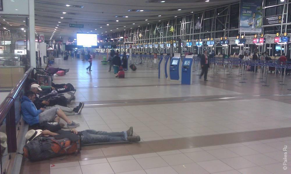 в терминале аэропорта сантьяго в чили