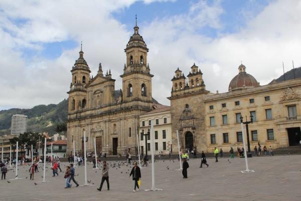 сайт знакомства страна колумбия богота