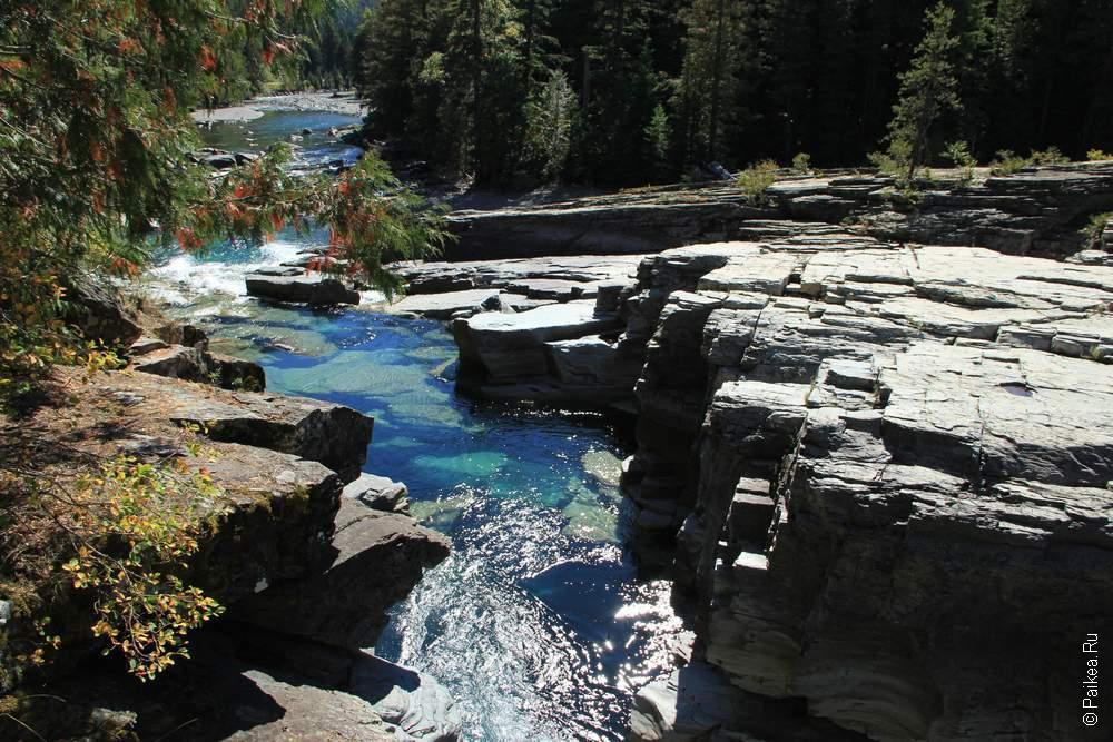 Чистая река Макдональд, кристально-прозрачная!