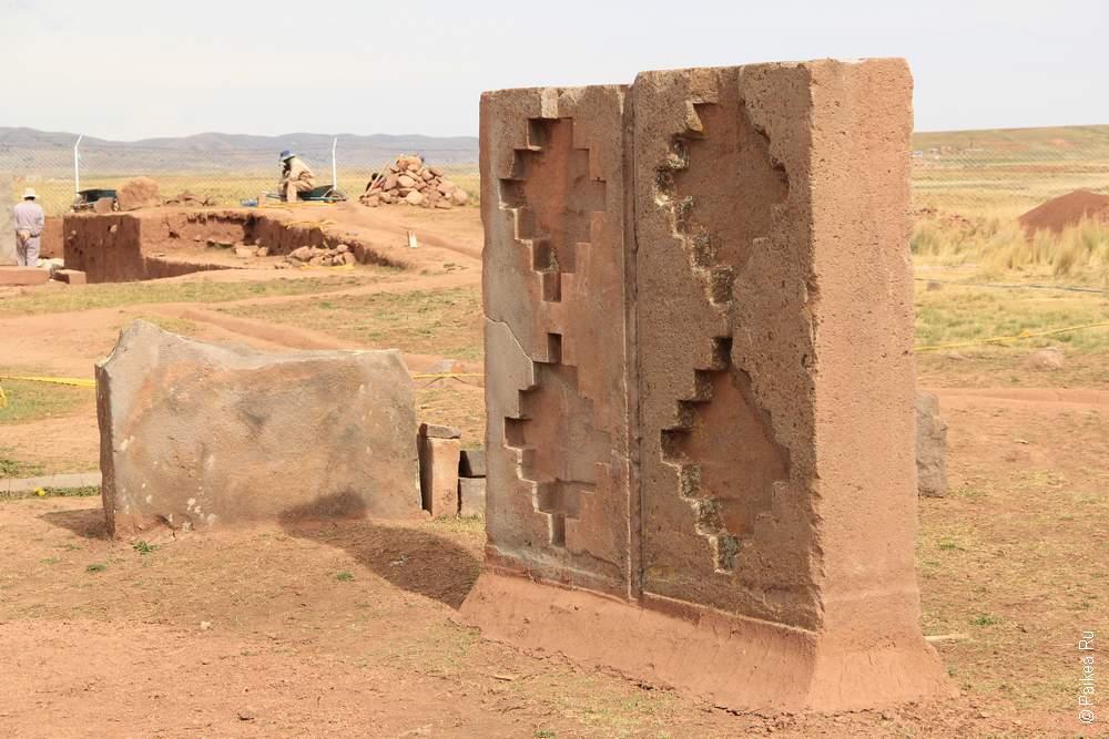 Вот такие образчики искусства валяются под высокогорным небом Боливии