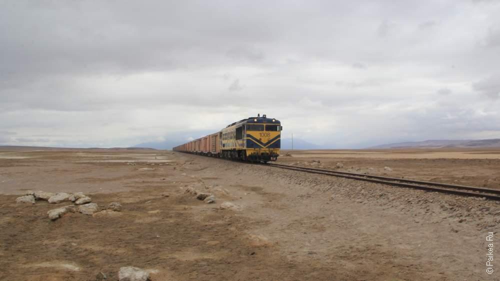 Поезда не только отдыхают, но все-таки до сих пор ходят по пустыне