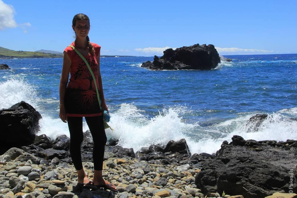 Вулканический берег создал огромное количество пещер