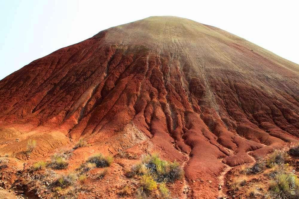 Красный холм в Орегоне США