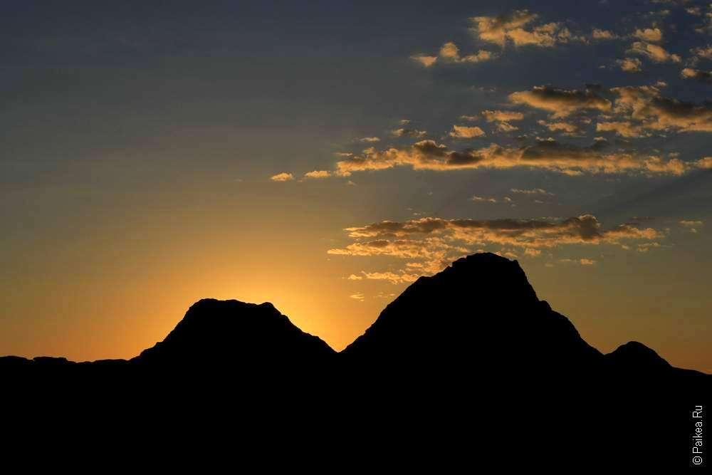 Рассвет на фото в национальном парке Бэдлендс