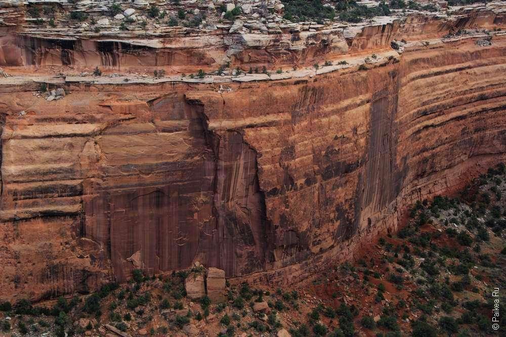 Упавшая скала (Fallen Rock)