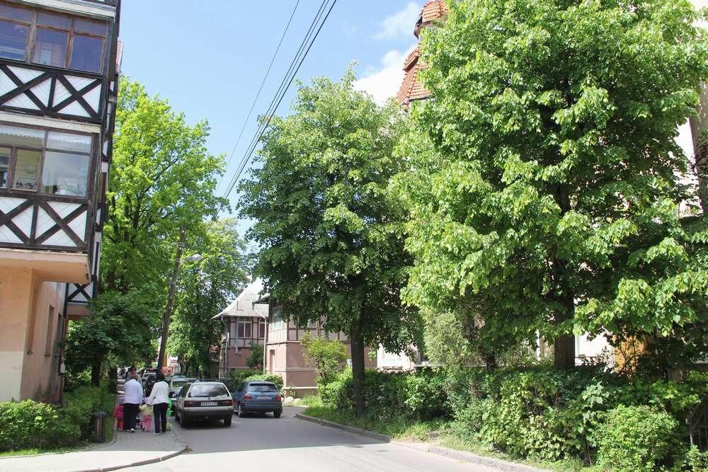 Зеленградск узкая улочка