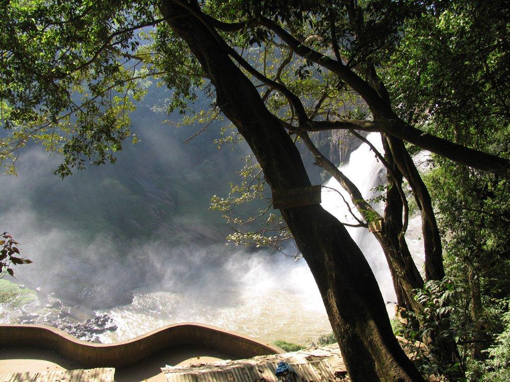 Шри Ланка Водопад Дунхинда