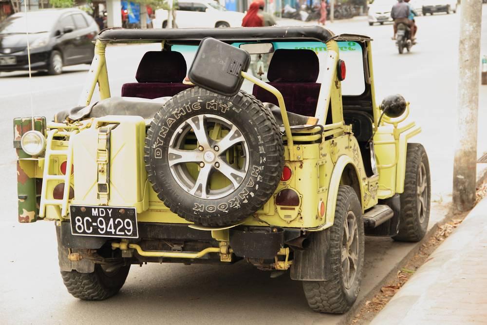 Местный транспорт в Мьянме фото