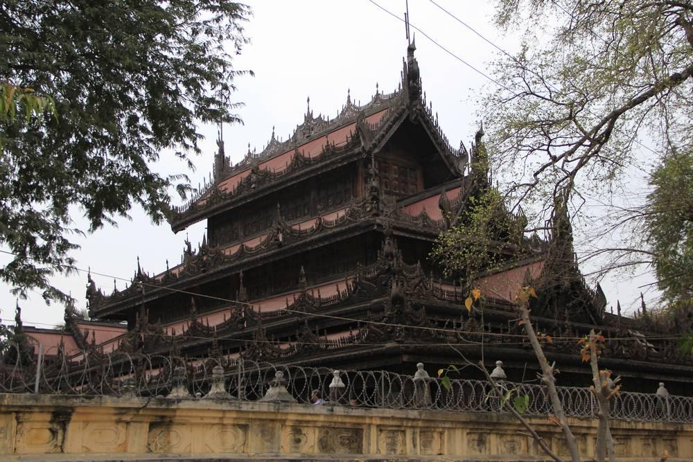 Деревянный храм фото