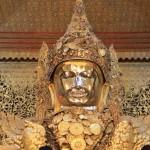 Золотой Будда Махамуни в Мандалае