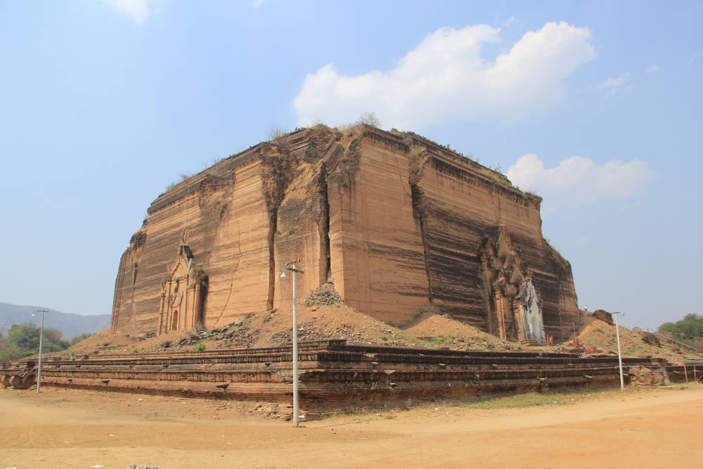Гигантская пагода Мингун