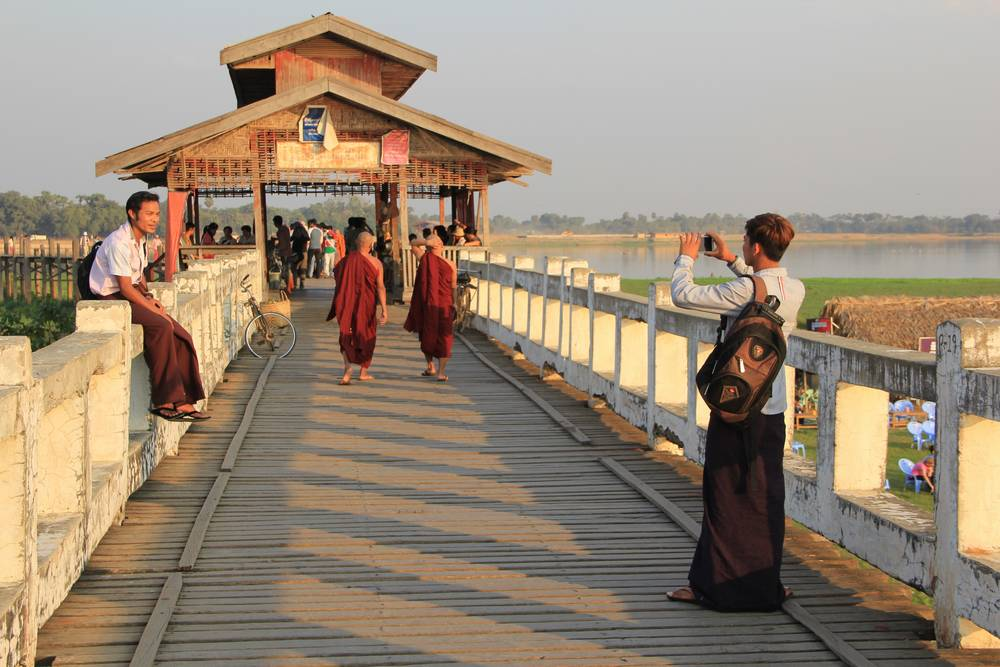 фото на мосту убэйн