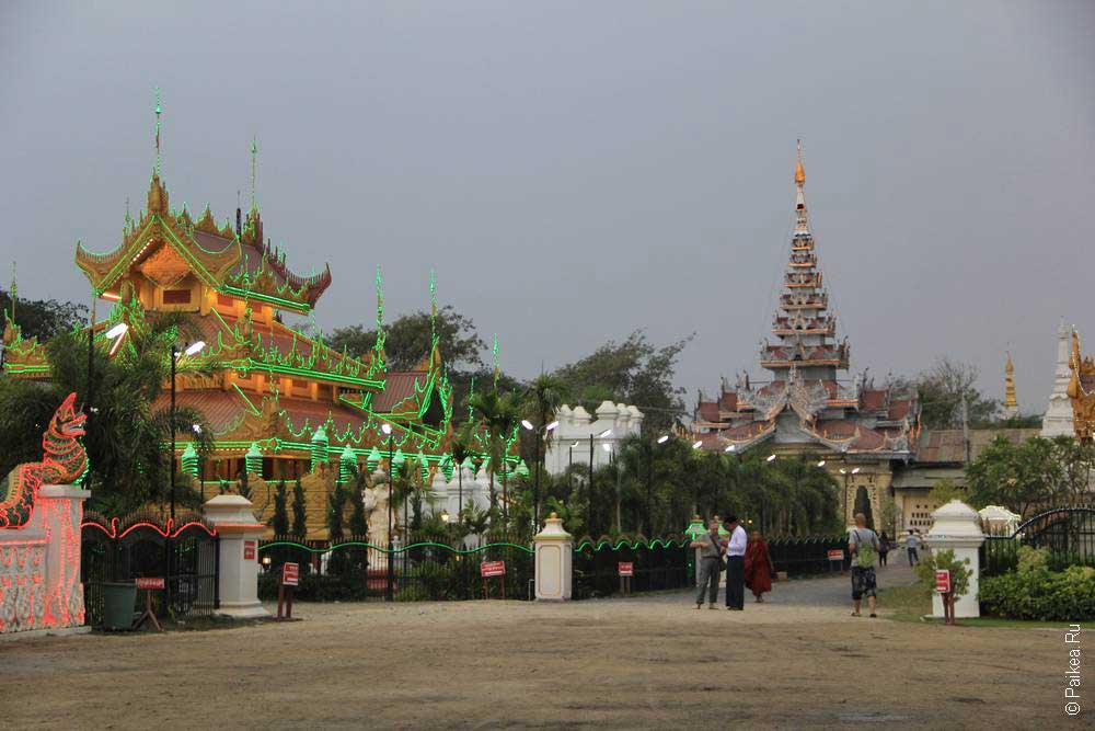 бирманский храм