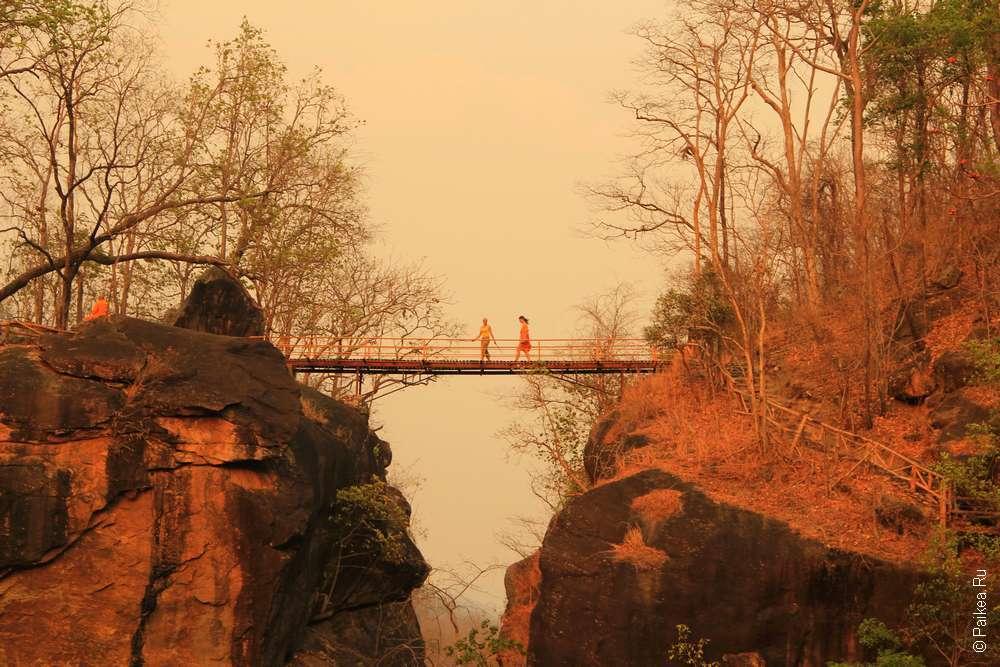 Мост над Об Луанг