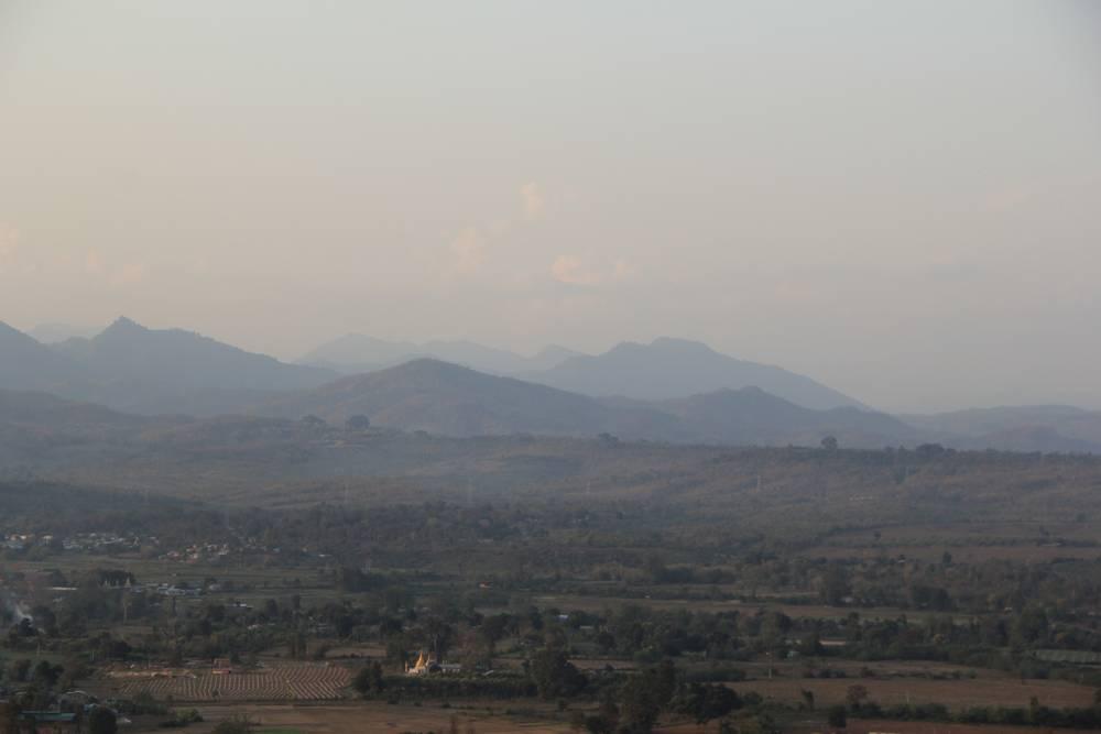 холмистая местность в мьянме