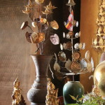 вазы в храме