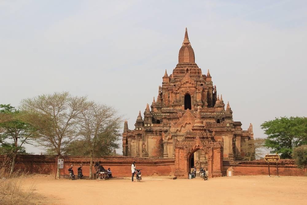 Tayok Pyi пагода баган